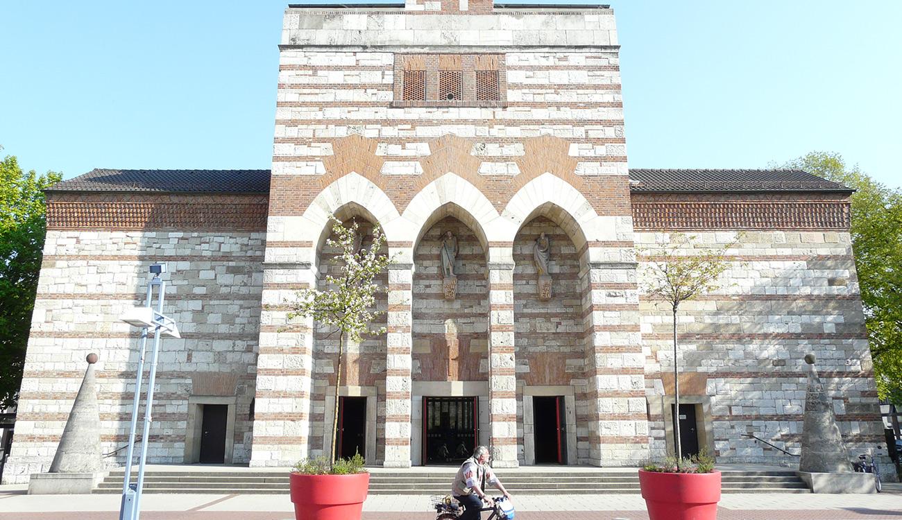 Neu-Ulm, Kath. Stadtpfarrkirche St. Johann Baptist